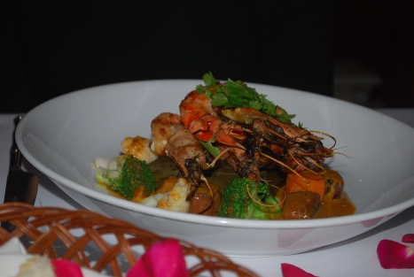 Grilled Prawn with Sweet Coconut Sticky Rice, Red Curry Sauce
