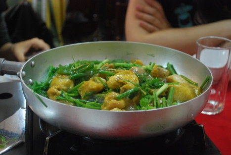 Stir Fried Cha Ca with Dill and Spring Onion (Scallion)