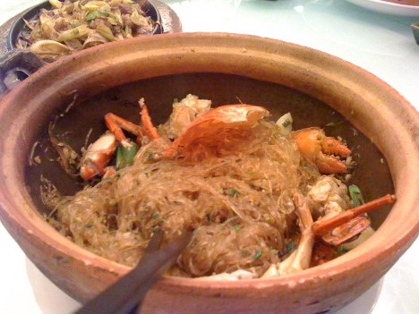 Crabs with Vermicelli (粉丝蟹锅)