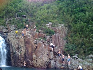 Cliffjumping at Luk Wu Stream 3