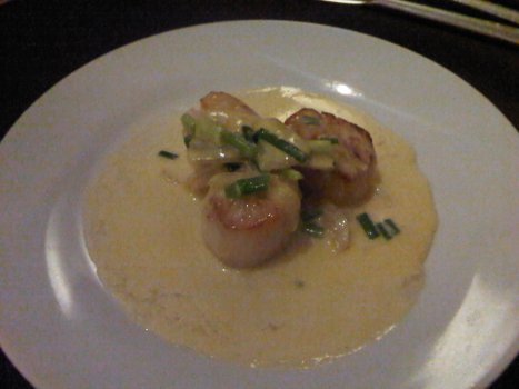 Seared Scallop with Fennel & Pernoid Sauce