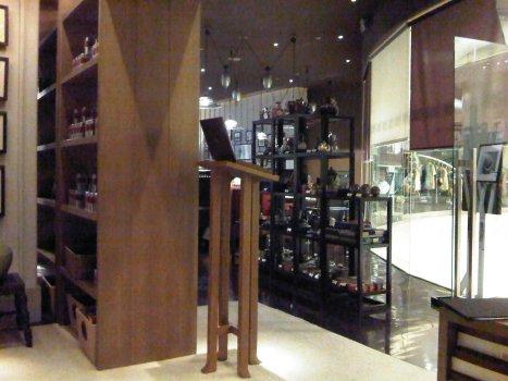 Erawan Tea Room Interior 3